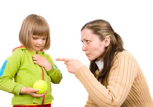 ребенок говорит неправду